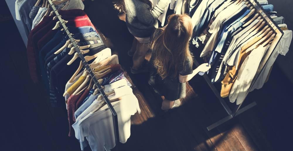 Cómo abrir una tienda de ropa de éxito