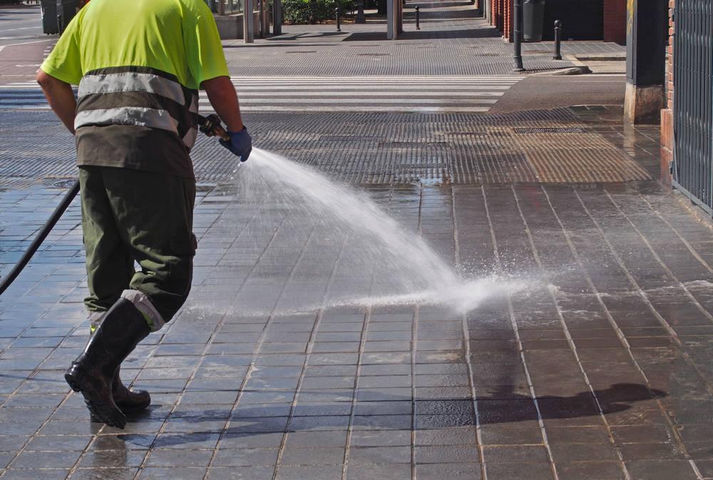 Limpieza de vías públicas durante la pandemia